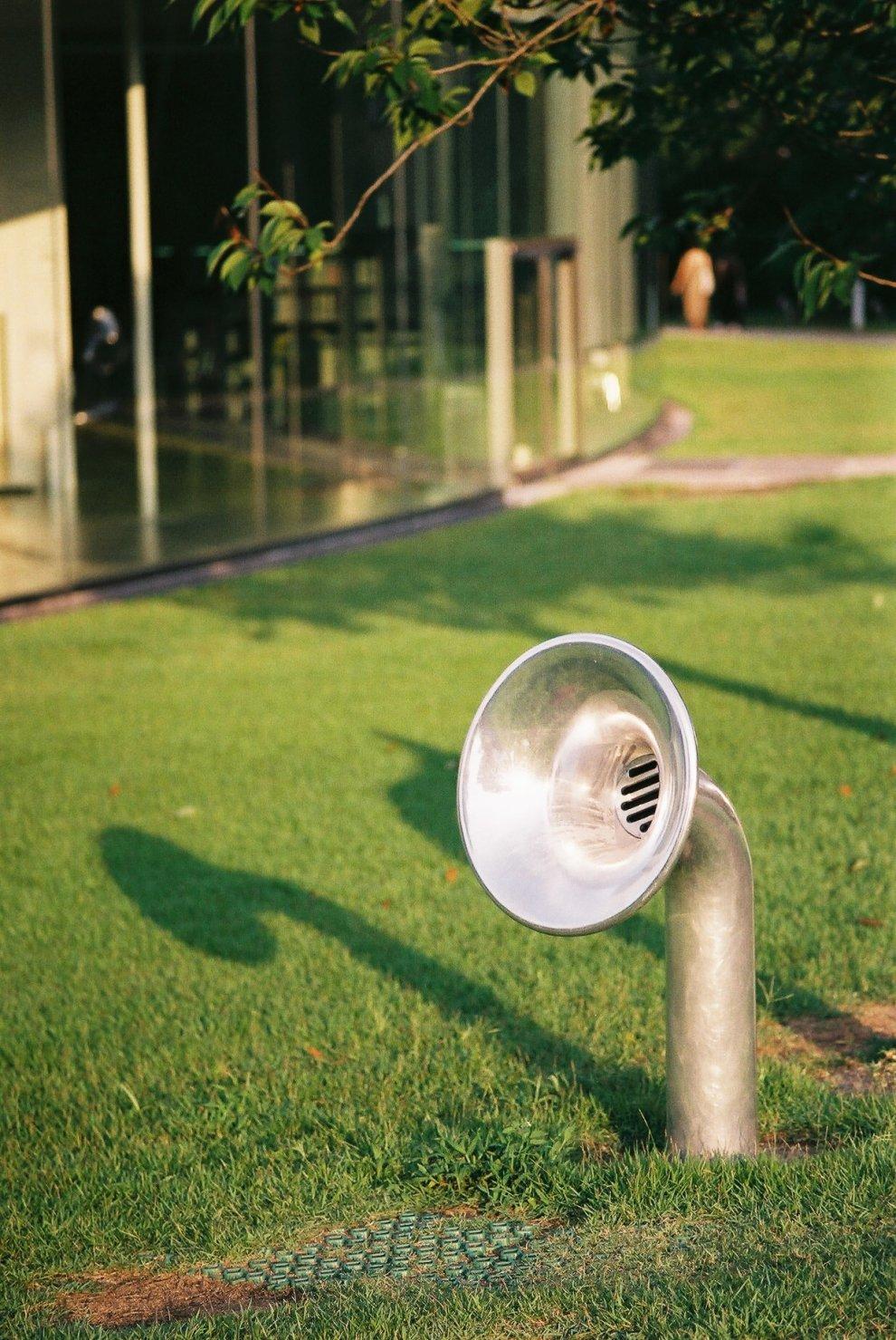 Carl Zeiss Planar T* 45mm F2 (G) 金沢21世紀美術館で撮ったスナップ写真