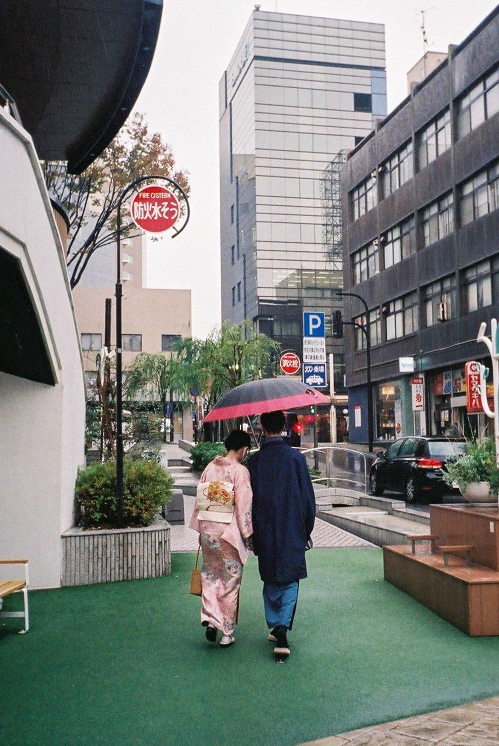 Konica 現場監督 雨の日スナップ